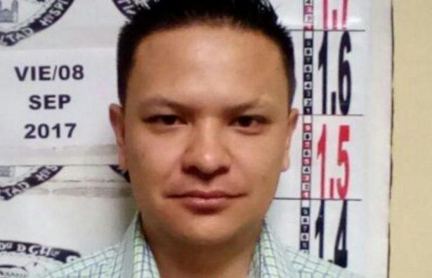 En aeropuerto de Chihuahua detienen a Agustín Fong Ríos