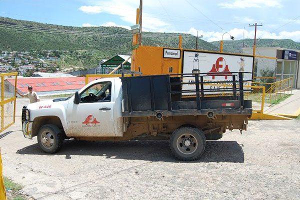 Minero lesionado; lo aplastó un camión de carga
