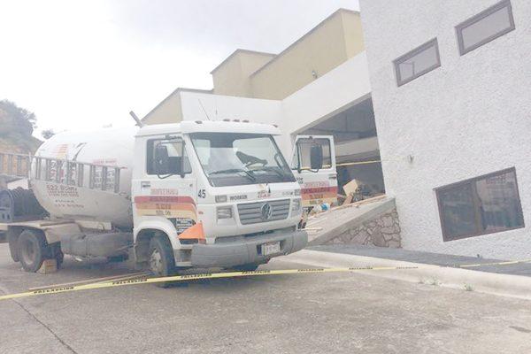 Estables, empleados de gasera tras explosión en vivienda