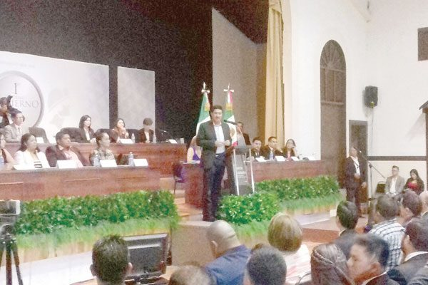 Cuestiona Cabildo a Alcalde de  Santa, al no rendir cuentas clara