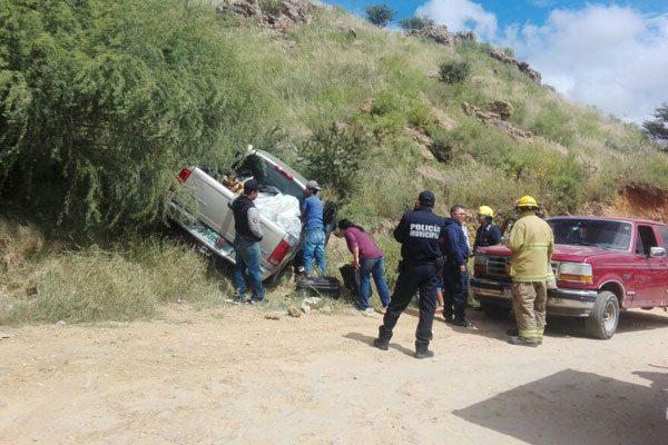 Un conductor sufrió desmayo; la camioneta quedó encampanada
