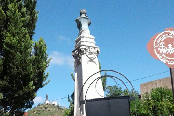 Monumento histórico de José María Morelos se encuentra en el olvido