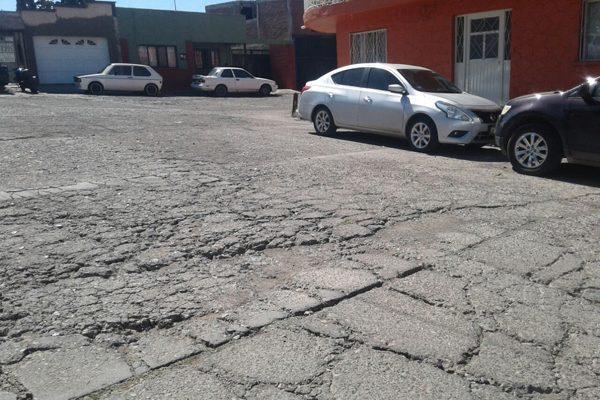 Calles Río Lerma y Río Papigochi tienen más de 30 años sin recibir mantenimiento: Vecinos