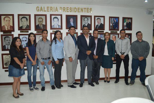 """Presentan en """"Cabildo Abierto"""" cinco proyectos en favor del desarrollo de la comunidad parralense"""