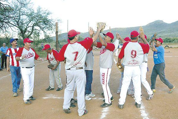 La Chole, campeón en beisbol súper máster