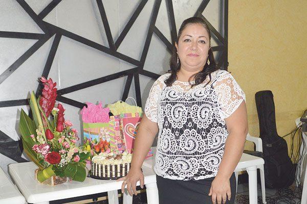 Festejó su Cumpleaños Margarita López de García
