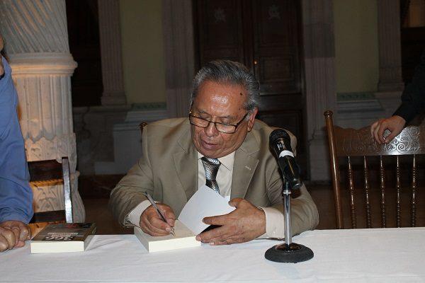 Presentan el libro 366 días en la Historia de Jiménez