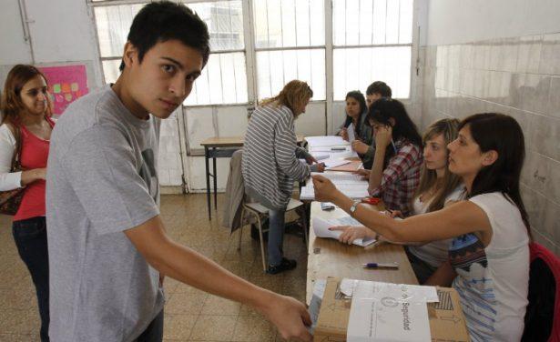 Mil 673 nuevos votantes podrán ejercer su voto por primera vez el 1 de julio en el Distrito 09