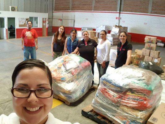 Llegan 700 kgs. de alimento donado para perros a Oaxaca