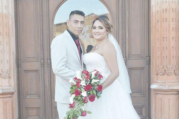 Elegante enlace matrimonial de Vianney Cuevas y Juan García