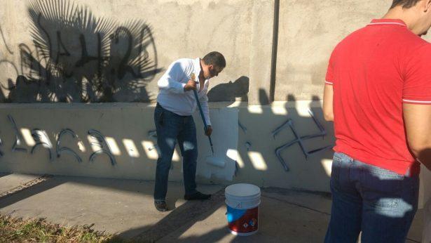"""Alcalde Lozoya y alumnos del ITP pintan y limpian el parque """"Nuevo Parralito"""""""