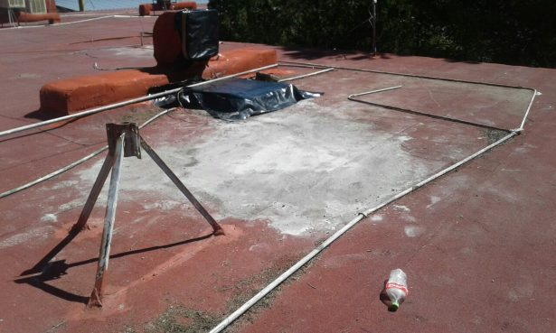 En riesgo de caer ocho salones de la secundaria Valentín Gómez Farías: padres de familia