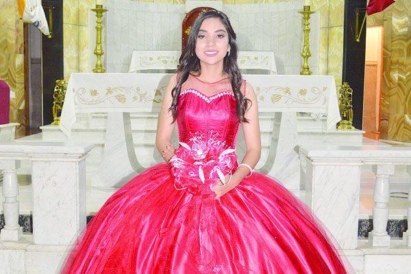 Cumplió XV años de vida Laura Sánchez Yáñez
