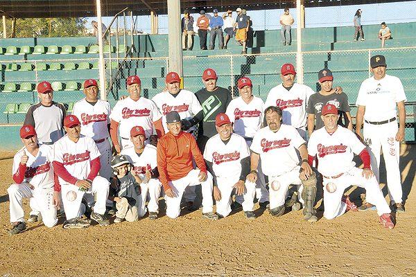 "Deportivo Giorgio-""Chiquitico"" Palma, campeón del beisbol súper máster"