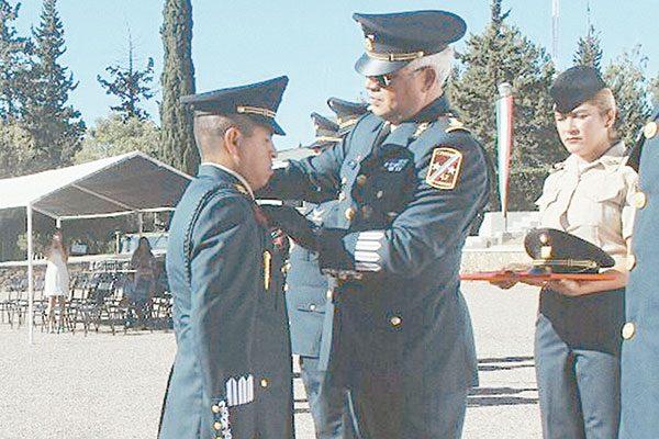 Condecoraciones y ascensos a personal de la 42 Zona Militar