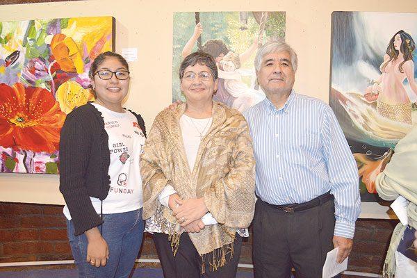 Presentan en Bellas Artes la exposición 2 Mujeres Pintoras