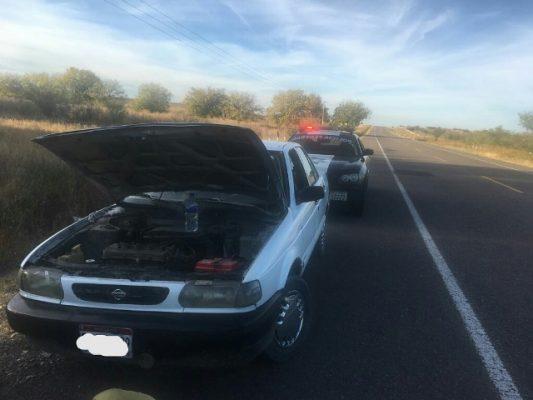 Conducía su vehículo por la vía corta a Chihuahua con las series alteradas