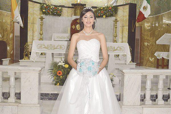 Festejó sus Quince Años de vida Edith Ramírez