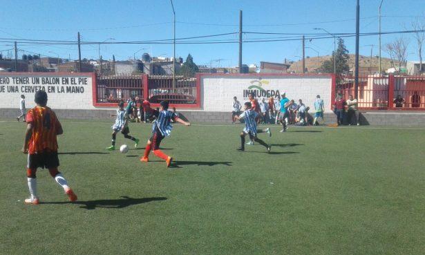 Raspados Nani, San Uriel y La Gómez, los ganadores del torneo interbarrios de futbol
