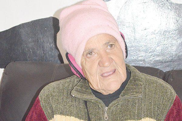 Doña Chepa no pierde el optimismo pese a su salud