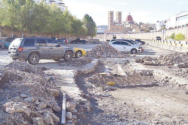 Los trabajos en el empedrado empeoran congestionamiento vial