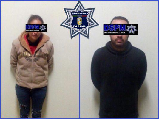 Arrestan a pareja en estado de ebriedad por omisión de cuidados; dejaron solo a su bebé en el interior de un automovil
