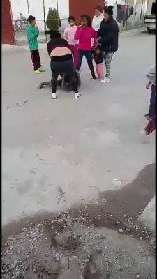 (Video) Brutal pelea de mujeres se viraliza