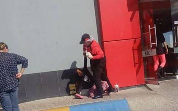 Denuncian violencia contra menor tarahumara en restaurante