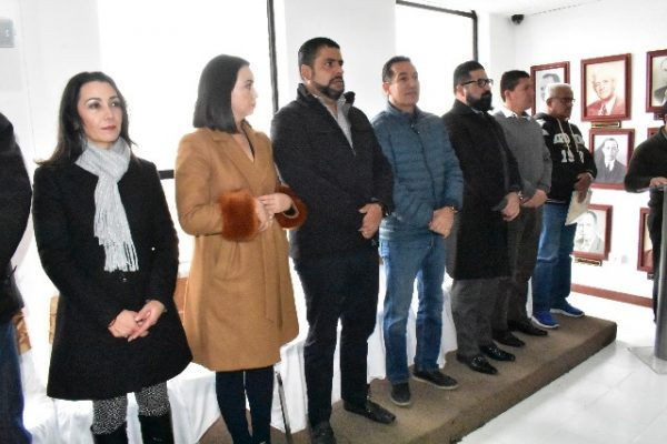 Municipio y COESVI entregan 39 escrituras más a colonos de Montañas y Almanceña