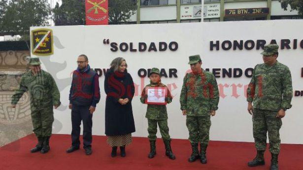 [GALERIA Y VIDEO] Nombran Soldado Honorario a Edwin Omar Mendoza Ruiz