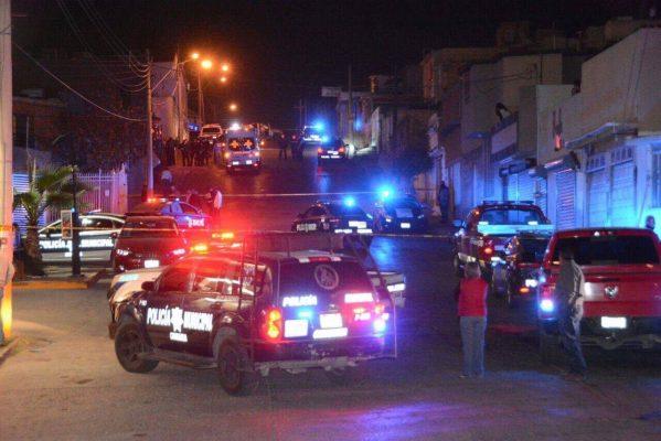 Investigación de campo tras asesinato de L. Flores