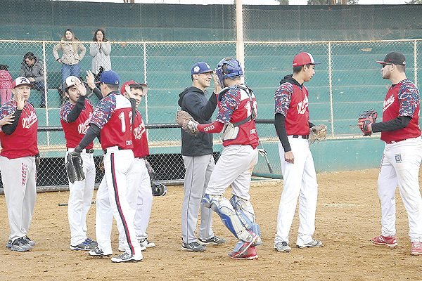 Estación Morita y Panadería Chayito continúan invictos en la postemporada del beisbol Invernal