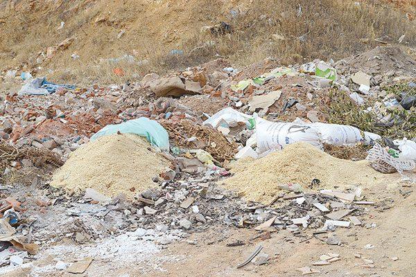 Detectan al menos cinco basureros clandestinos en el sector poniente