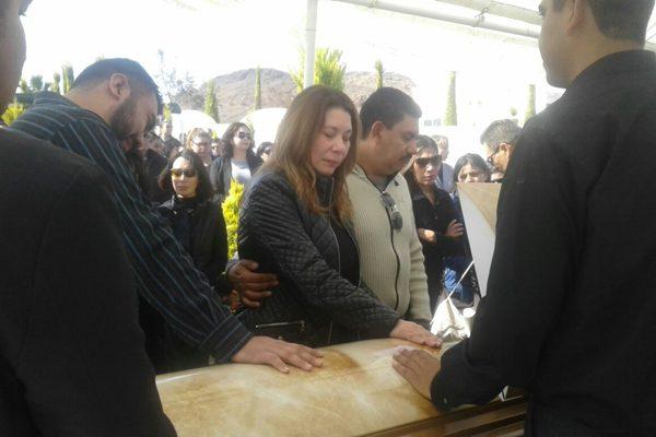 Conmovedora despedida  a Luis Fernando Flores; muerto trágicamente