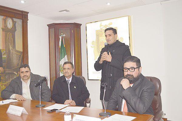 Pide licencia el Síndico; asume Ramón Arredondo