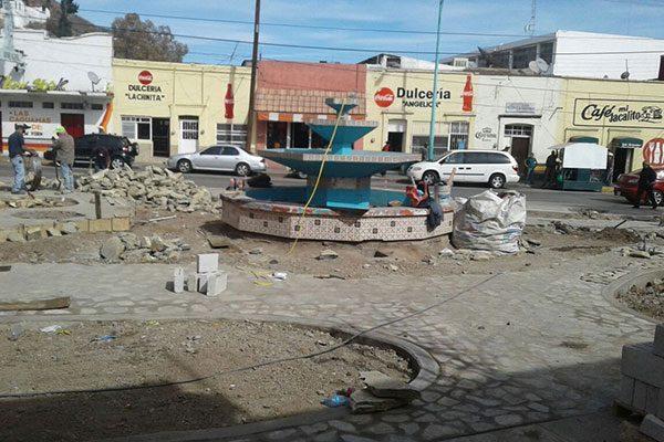 Remodelación de la plaza San Nicolás estará lista el próximo mes: Obras Públicas