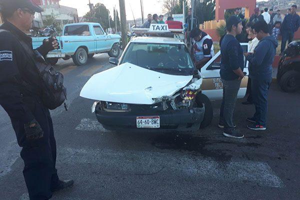 Deja conductores lesionados choque en Juan Rangel de Biesma y Zaragoza