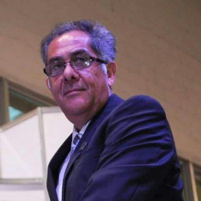Alfredo Lozoya buscara la reelección hoy; su suplente el Profesor Cayetano Giron