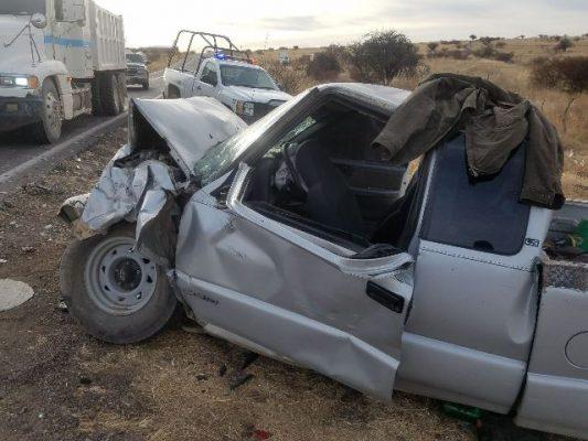 Accidente carretero cerca de El Granillo deja personas heridas y cuantiosos daños materiales