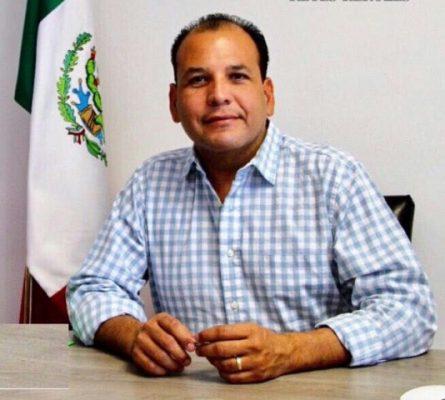 Si el gobernador quiere hacer política-partidista, mejor que pida licencia: Omar Bazán
