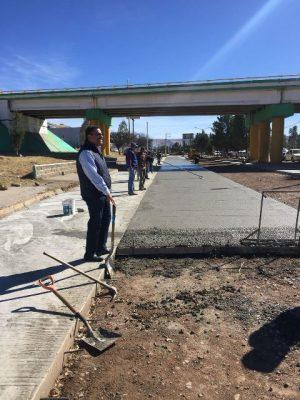 """En 15 días concluirá la instalación del primer tramo de concreto de la avenida """"Niños Héroes"""""""