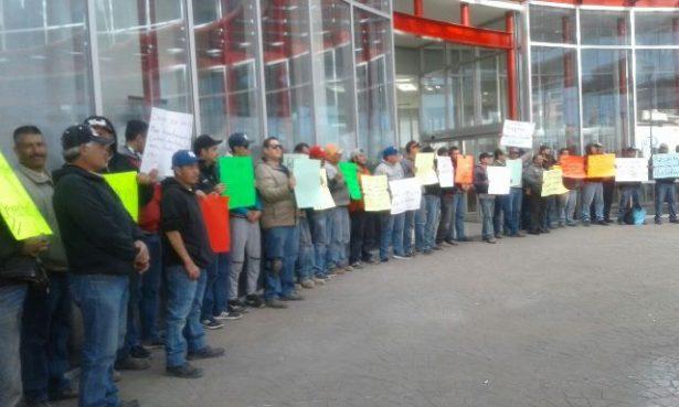 [Galería][Video]Trabajadores de la JMAS piden la destitución de Víctor Gutiérrez