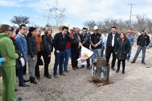 """Banderazo de arranque al equipamiento del pozo de agua de Ejido """"Zapien"""""""