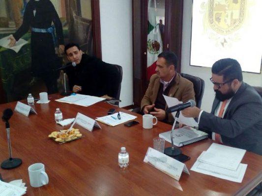 """""""El profesor Mendoza ganaba más que yo"""" aseguró el licenciado Víctor Gutiérrez titular de la Junta municipal de agua y saneamiento"""