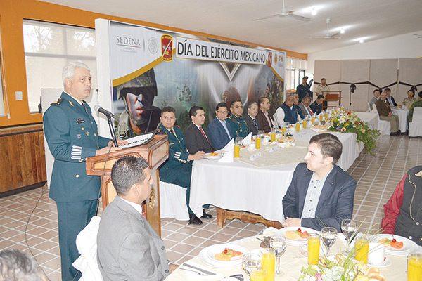 El Ejército refrenda su lealtad con el pueblo mexicano