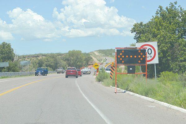 Inaceptable, condición de la carretera Corta