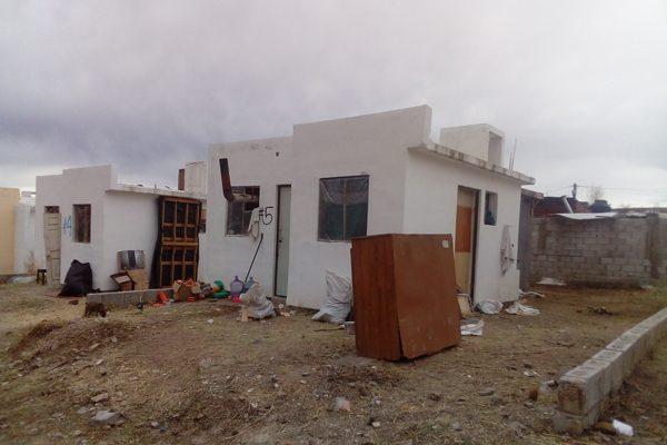 Invaden 32 casas en Lomas de San José