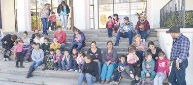 Se manifiestan paracaidistas de la colonia Lomas de San José