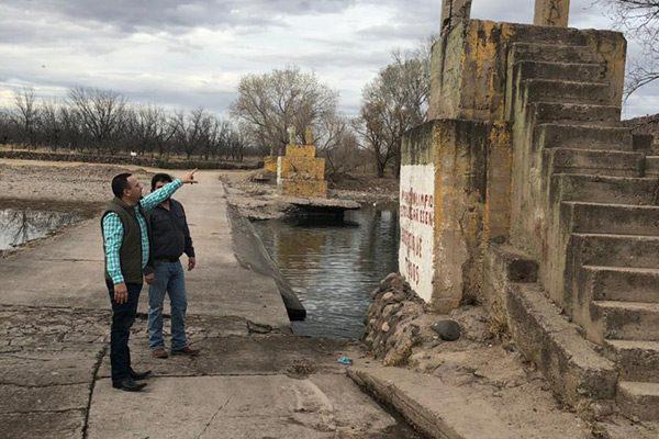Instalan puente colgante en Balleza
