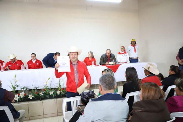Hugo Aguirre buscará la reelección de la Presidencia de Guachochi